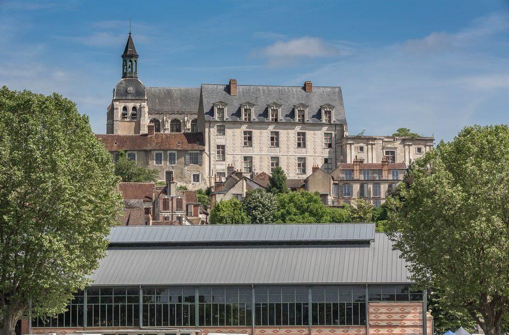 Le chateau des Gondi à Joigny dans l'Yonne