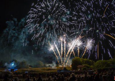 2019 07 - feu d'artifice - Rogny les 7 écluses - Bourgogne-83