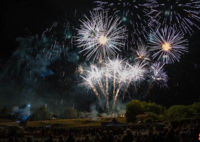 2019 07 - feu d'artifice - Rogny les 7 écluses - Bourgogne-85