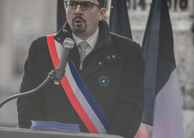 Sébastien Karcher maire de Villeneuve l'Archevêque le 11 novembre 2019